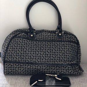 GUESS Weekend/Travel/Gym Bag